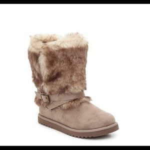 Faux fur & Faux suede upper youth boots new in box